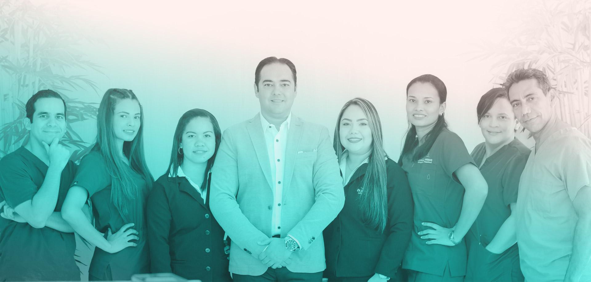 Equipo humano especializado en cirugía plástica - Doctor Jaime Aroca
